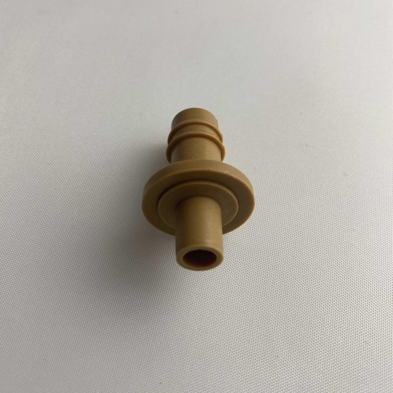фитинг-переходник с 16 шланга на микротрубку 6 мм