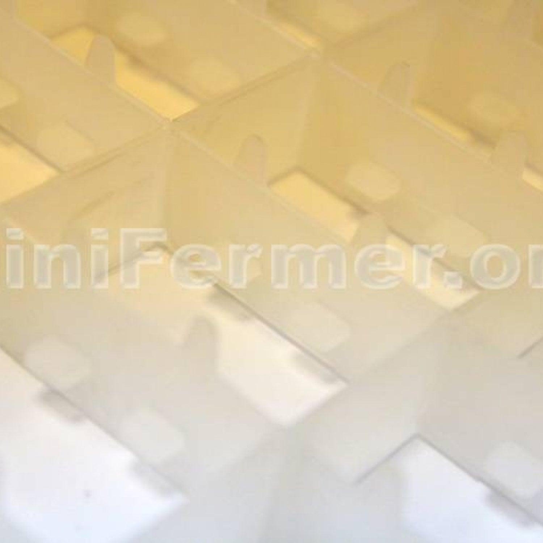 Лоток для гусиных яиц (сотовый) в инкубатор (на 32 яица)