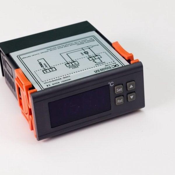 Терморегулятор Ringder RC-110М 30A